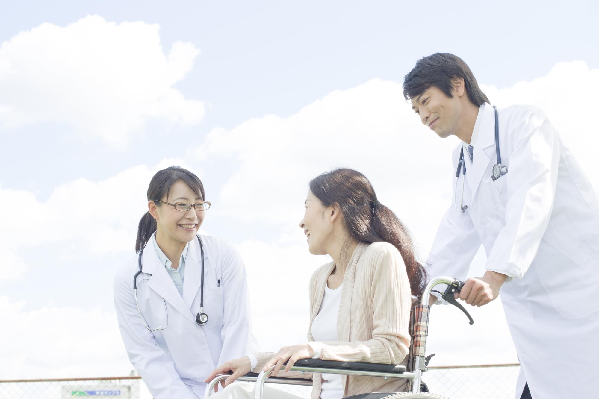 身近なところに出会いがあるかも!?看護師と患者さんとの恋愛事情
